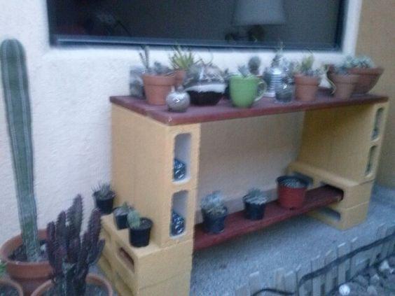 Diy Cinder Block Ideas Shelves Cinder Block Outdoor Table Made With Concrete Blocks