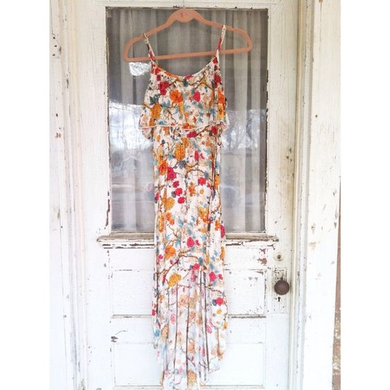 High low dress High-low dress with spaghetti straps, and floral design. Dresses High Low