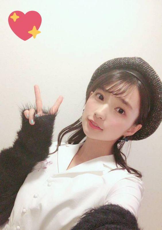 帽子を被った高野麻里佳さん