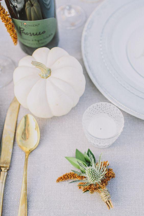 Autumn wedding Ideas | Pumpkin wedding table decorations