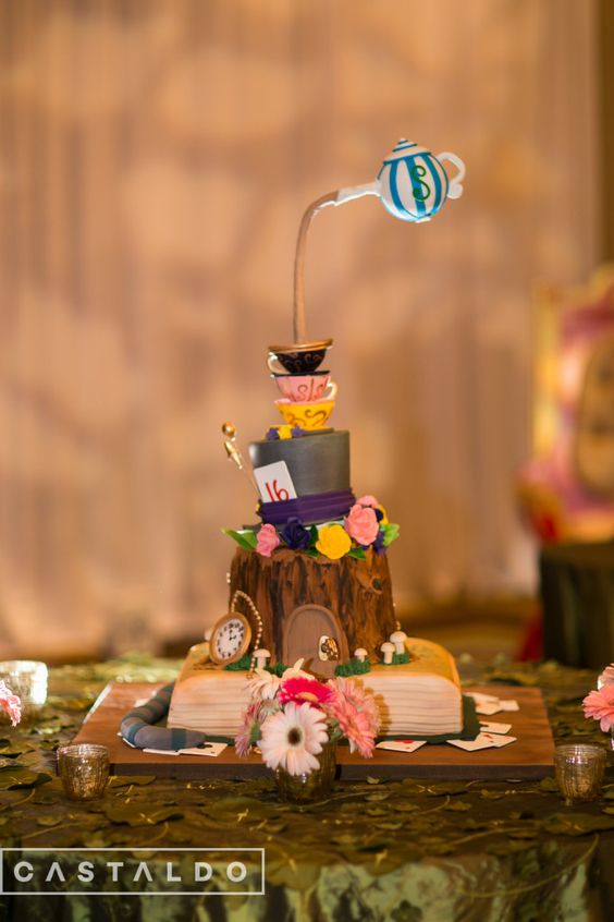 Samantha in Wonderland: A Sweet 16 Celebration | Photos by: Castaldo Studios | Alice in Wonderland birthday cake by Party Flavors Custom Cakes
