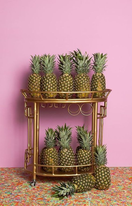 Pretty Little Piña Now Trending: Pineapples gritandglittergal.com