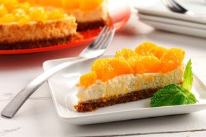 A delish recipe idea from the Canadian Diabetes Association: Lemongrass Cheesecake with Mandarin Orange Garnish