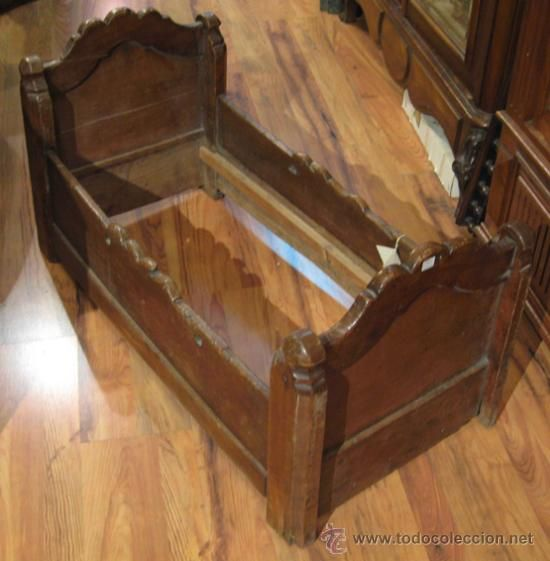 Antigua cuna rustica de madera para beb 132 - Cunas de madera para bebes ...