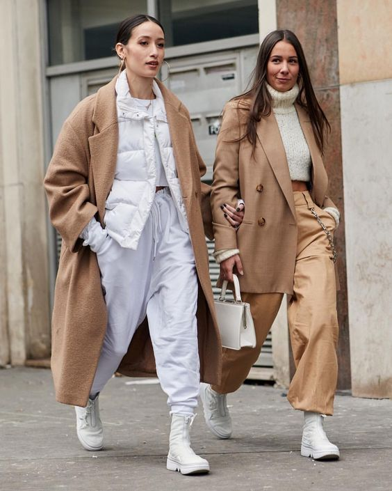 7,607 отметок «Нравится», 55 комментариев — streeTrends (@streetrends) в Instagram: «: @thestylestalkercom #PFW #fw18 #ootd #style #fashion #chic #elegant #style #streetstyle…»