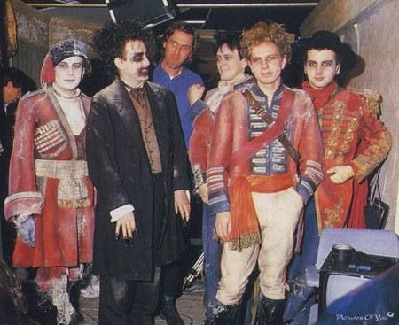 "The Cure behind the scenes of the video ""Lullaby"""