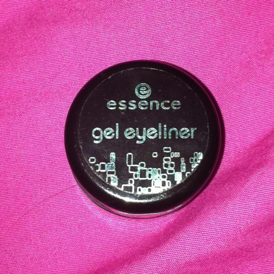 NEW* essence gel eye liner