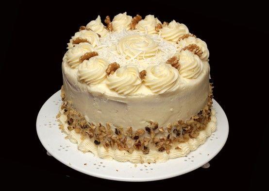 Italian cream cakes, Cream cake and The pioneer woman on Pinterest