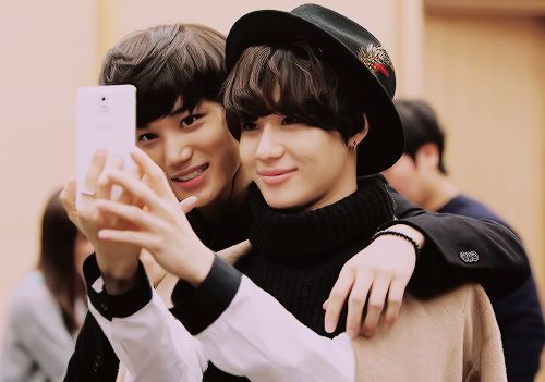 Pretty boys, Shinee and Exo on Pinterest