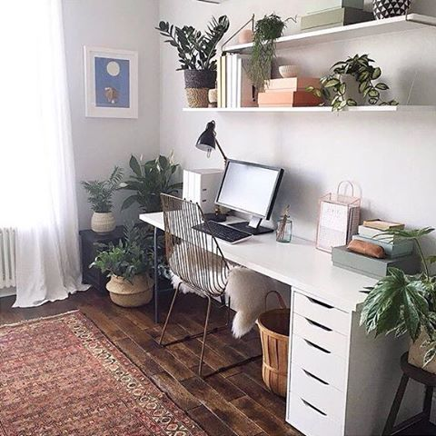 Eclectic workspace inspiration + regram from @kelly_love_com in the UK ✨ You guys have tagged us in so many beautiful workspaces lately (thank you! ) Here's one of our faves belonging to Kelly, a talented Aussie fashion designer based in London. Such a great Persian rug, wire chair + shelfie combo Thanks Kelly for the tag  If you want us to feature your workspace tag #workspacegoals ✨