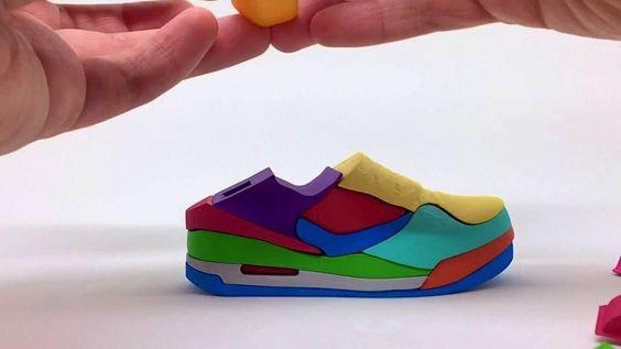 Yoni Alter und sein 3D-Puzzle im Sneaker-Look  Puzzles sind nur was für die Kleinen? Das mag wohl stimmen, wenn es darum geht, die Bilder von Trickfilmfiguren zusammenzusetzen. Der Designer Yoni...