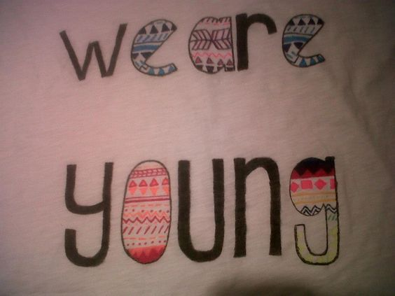 "Camiseta ""We Are Young"" (disponible)   youareberrysweet@gmail.com"