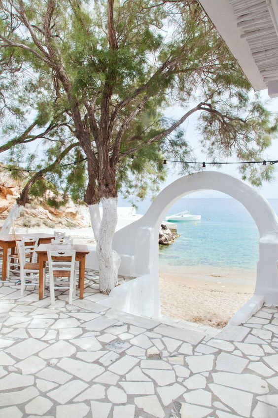 Alfresco - ANTI PAROS, GREECE: