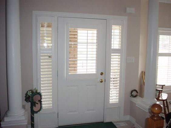 Pinterest the world s catalog of ideas for Front door window curtains