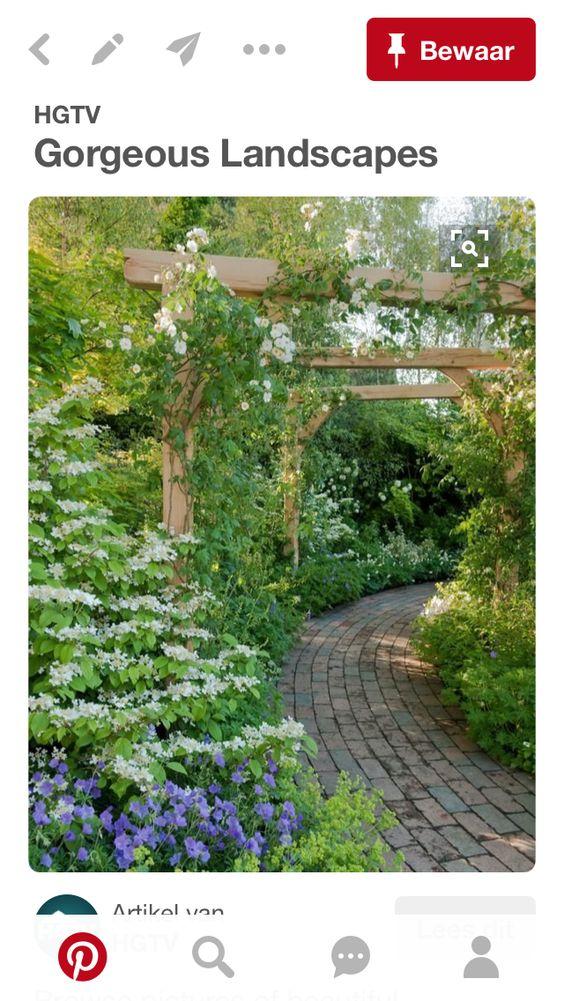 Luxury Wer einen Gartenweg anlegen m chte sollte sich im Voraus ein paar Gedanken dar ber machen zu welchem Zweck man den Weg oder die Allee im Garten b u