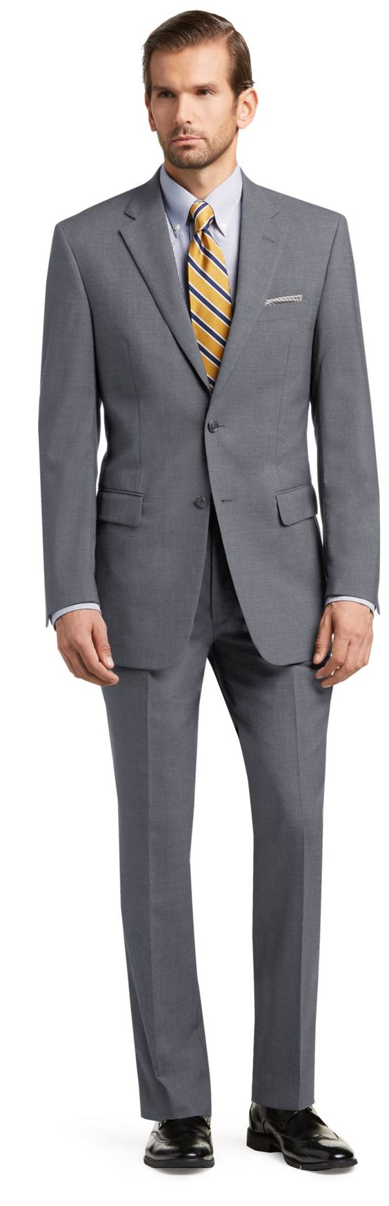 Executive Collection Traditional Fit Solid Pattern Suit