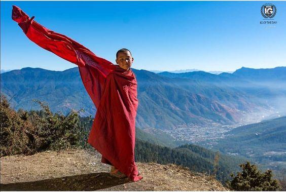 Presents IG PHOTO OF THE DAY  PHOTOGRAPHER | @sonam__tshering  FROM | @ig_bhutan ADMIN | @spelden_5 @muiiiiimuiiiii SELECTED | Admin…