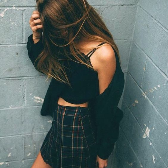 Teen fashion. Cute outfit. American apparel skirt and cropped top