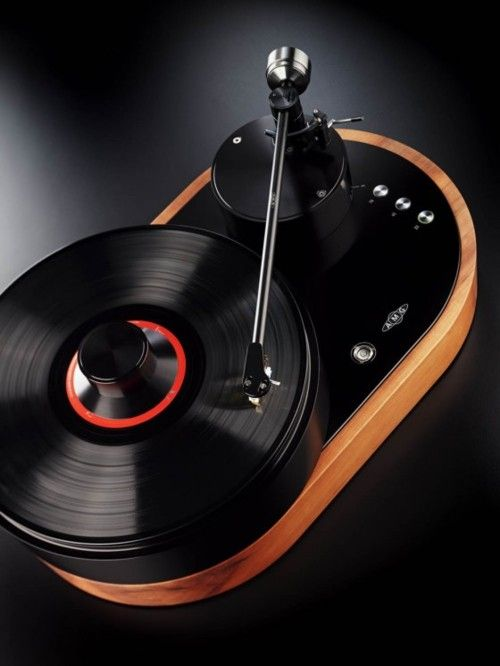 """AMG Viella 12 """"V12"""" turntable    Precision engineering and classic design are embodied in the first turntable from AMG (Analog Manufaktur Germany), the Viella 12 or simply, V12. The AMG turntable line was created by a group of audio industry experts to advance the art of vinyl playback"""