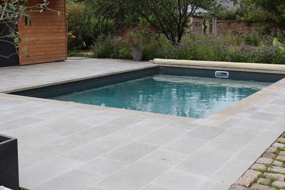 Margelle de piscine en argos gris