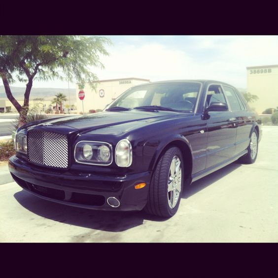Bentley Arnage! This thing is super baller! #driftapparel #bentley #rolls #exotic
