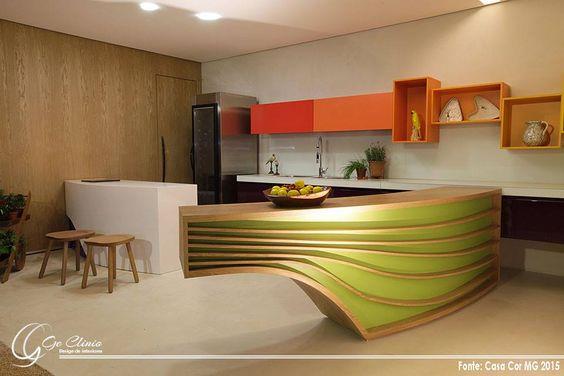 """A cozinha """"Sabor Brasil"""" da CasaCorMG 2015 chamou a atenção com seu conceito da natureza local.    Siga-nos: facebook: https://www.facebook.com/gcdesigninteriores instagram: https://instagram.com/gcdesigninteriores/"""