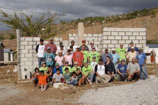 A Global Village team volunteering in Guatemala