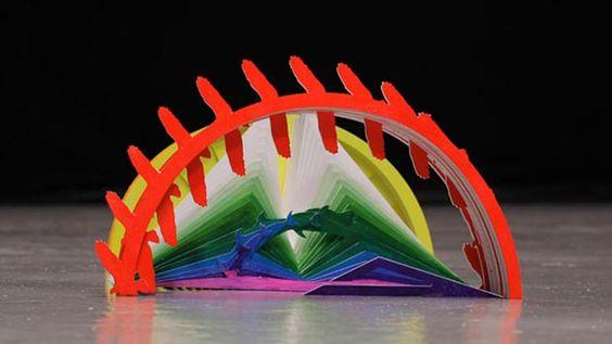 """Katachi"": video musical de papel hecho con stop motion"