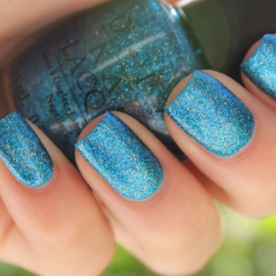 Blue nail polish! I want this for bleacher swap!!