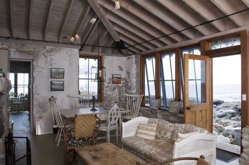 Crazy cool house on the Maine coast