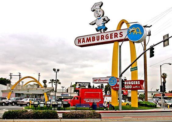 A McDonald's restaurant... - Eldon Davis and Googie architecture - latimes.com