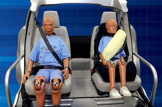 Ford начал продавать собственную технологию ремней безопасности - http://amsrus.ru/2014/05/30/ford-nachal-prodavat-sobstvennuyu-tehnologiyu-remney-bezopasnosti/