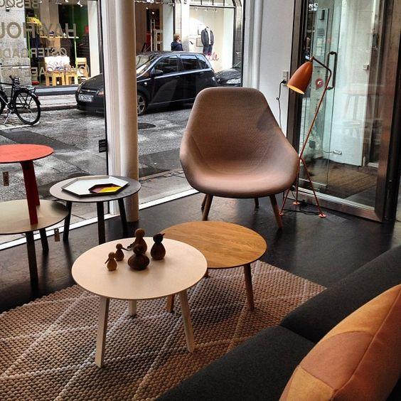 Pilestræde 29) gibt es wohl noch gar nicht so lange, ist aber jetzt schon unglaublich erfolgreich als Einrichtungshaus: ganz tolle Accessoires und Wohn-Einrichtungs-Gegenstände kann man hier erstehen.  //Hay in København, Region Hovedstaden