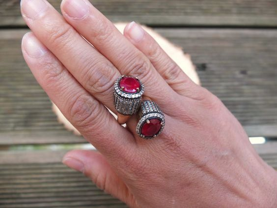 VINTAGE STATEMENT RING w Big Red Stones and by CandyVintageFinds