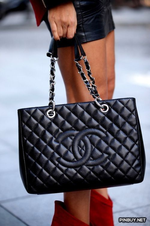 There is a large http://designerhandbags1916.tripod.com/ sea http://designerhandbags1936.tripod.com/ of high end replica Louis Vuitton handbagss. Chanel Bag
