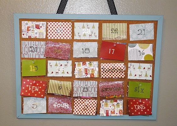 Candy Advent calendar for a countdown to Christmas. Super simple with Cork Board and scrap book paper.: