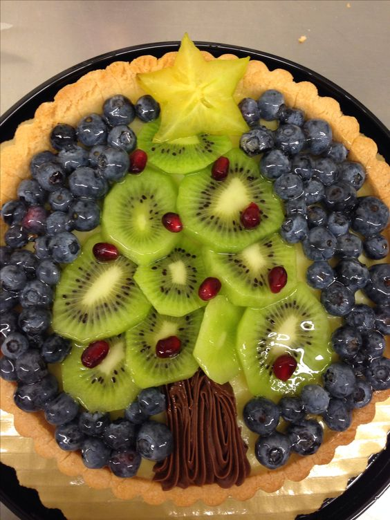 Christmas Tree Fruit Tart