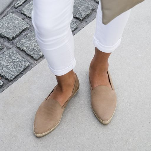 Minimal + Classic: pointed slip ons:
