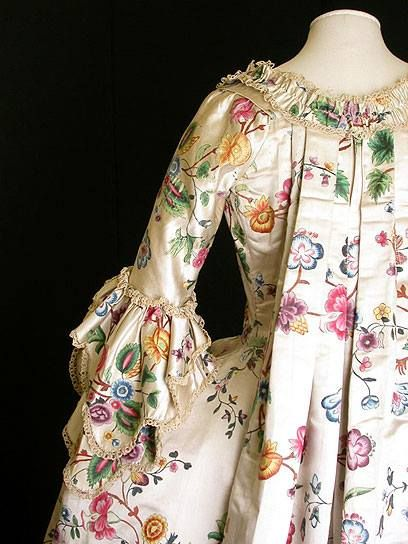 Robe à la Française 1760s, Great Britain (made) and China (textile, painted) Painted silk, chenille, hand-sewn, V&A Museum: