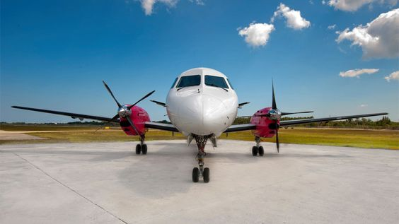 Silver Airways launches first flight to Cuba after getting approval from government https://cubaholidays.co.uk/news/116725/silver-airways-launches-first-flight-to-cuba-after-getting-approval-from-government Silver Airways is celebrating approval from the Cuban government to operate regular scheduled commercial flights between Fort Lauderdale and multiple destinations in Cuba. The airline was granted permission to serve destinations including Santa Clara, Camagüey, Cienfuegos, and Holguín...