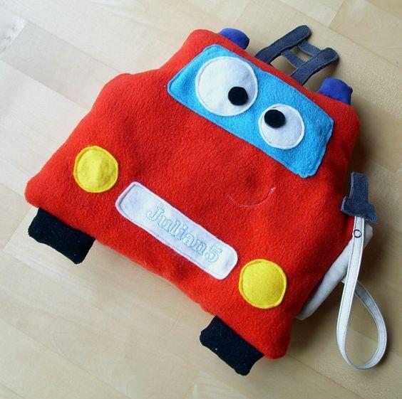 Nähanleitung für ein Feuerwehr-Auto-Kissen / diy sewing instruction: fire trucks cushion by cosy_things via DaWanda.com