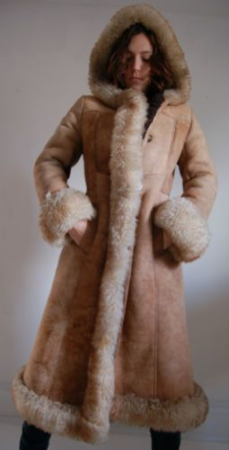 AMAZING VTG RUSSIAN PRINCESS GENUINE SHEARLING SHEEPSKIN FUR COAT
