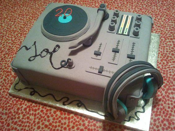 dj cake ahoracakepops pinterest torte cakes and dj cake. Black Bedroom Furniture Sets. Home Design Ideas