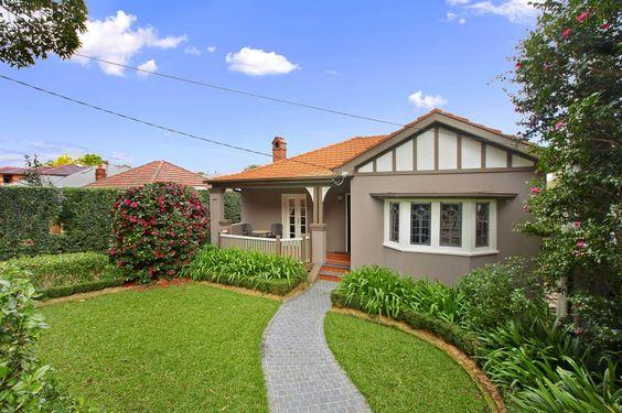 Californian Bungalow Sydney Australia Rendered In Crust With Jasper Accents And Antique White USA Trim Front Path Honed Black Granite Cobble St