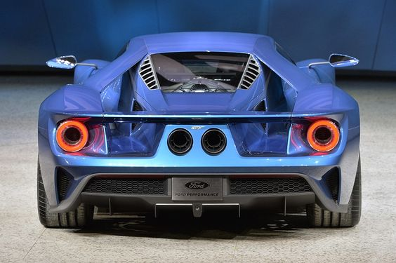 New Ford GT at the Detroit Auto Show. Check out at myCARiD: http://my.carid.com/featured/rides/return-ford-gt-ecoboost-power-and-sexy-shape