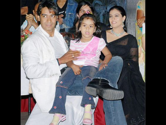 So Cute: Nysa & Yug's Special Surprise For Dad Ajay Devgn On Diwali