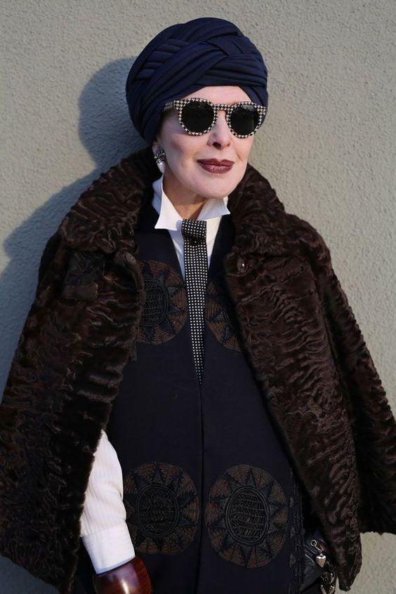 Стильные головные уборы для женщин 50+ | Новости моды