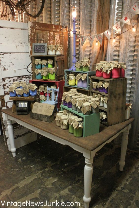 Dreamy vintage junk shop ideas for decorating your own for Table top display ideas