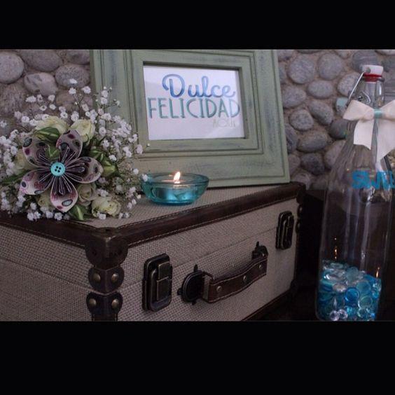 Candy blue... Una mesa de dulces y sus detalles By DECOLORES   #weddingdecoration #boda #decoracion #vintage #love #amor #creative #flores #flowers #crafts #decolores #caracas #novia #bride #fiesta #party #venezuela #instabride #handmade #hechoamano #creativo #instalove #instagood #instamood #candybar #mustache #centerpiece #mesadedulces #weddingplanner #Padgram