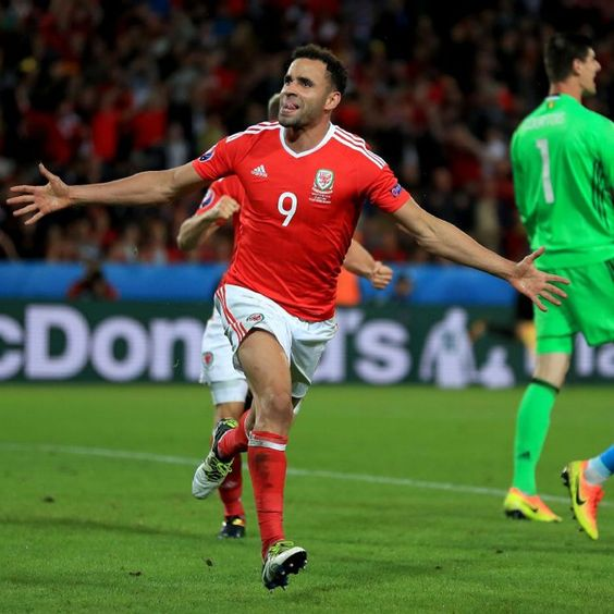 Hull City want to sign Wales star Hal Robson-Kanu, says boss Steve Bruce